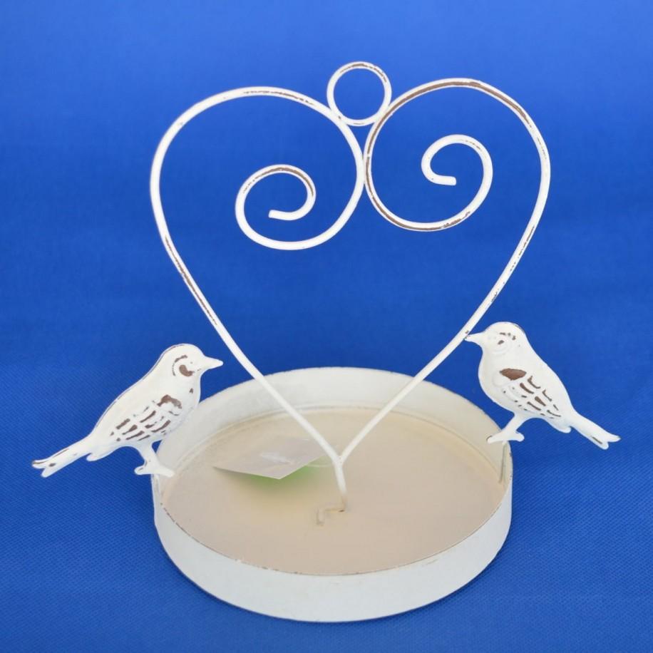 Vogeltränke mit Herzbogen